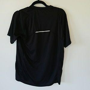 aeb6b5e54e8f6 New Balance Shirts - New balance dry fit size medium black shirt